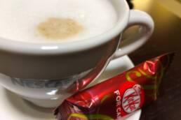 カフェとキットカット
