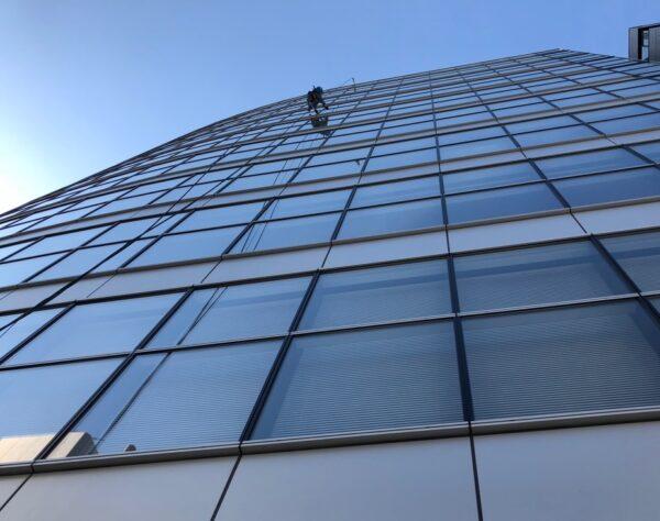 高層窓拭き